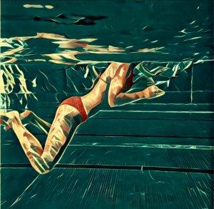 Nackt schwimmen im pool
